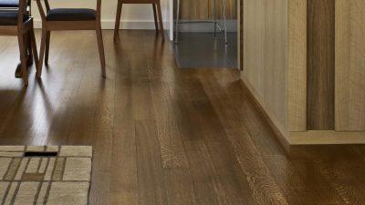 Sàn gỗ công nghiệp là gì? Khác gì so với sàn gỗ tự nhiên?