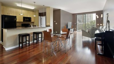 Hỏi cấu tạo sàn gỗ công nghiệp thế nào?