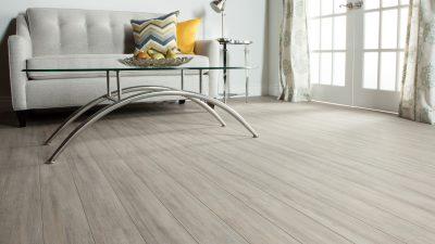 Hỏi công ty tư vấn sửa chữa sàn gỗ chuyên nghiệp?