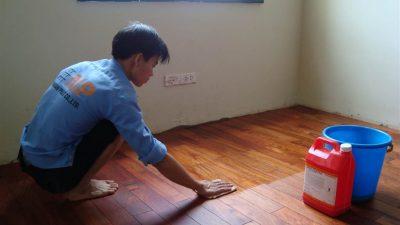 Hỏi đơn giá sửa chữa sàn gỗ phòng học?