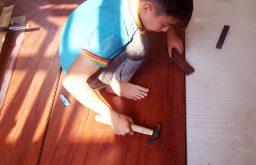 Hỏi đơn vị sửa chữa sàn gỗ Biệt thự?