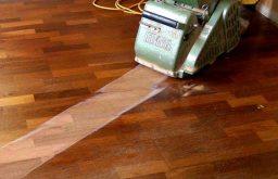 Hỏi báo giá sửa chữa sàn gỗ tại nhà uy tín?