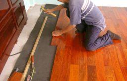 Hỏi giá sửa chữa sàn gỗ quán Karaoke?