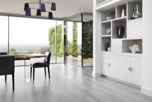 Mẫu sàn gỗ nhà ở màu ghi đá