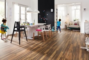 Mẫu sàn gỗ tự nhiên màu óc chó