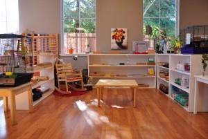 Mẫu sàn gỗ lớp học màu cánh gián